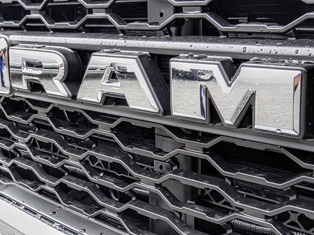2019 Ram 4500 Regular Cab DRW 4x4,  Cab Chassis #R1981T - photo 12