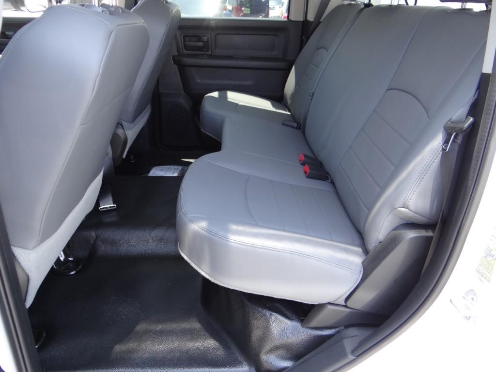 2018 Ram 3500 Crew Cab DRW 4x2,  Royal Service Combo Body #R1994T - photo 16