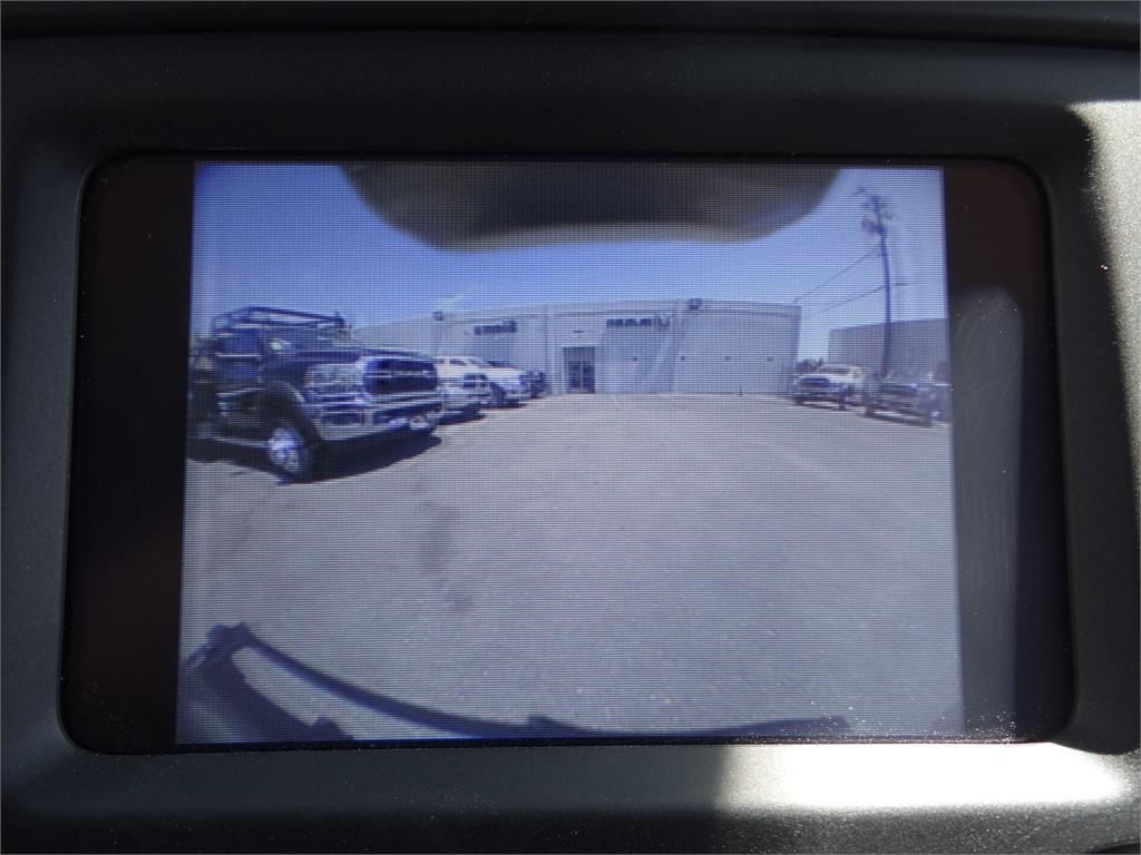 2019 Ram 5500 Crew Cab DRW 4x2, Royal Contractor Body #R2060T - photo 16