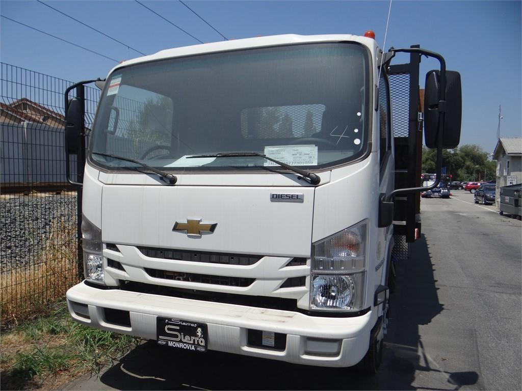 2018 LCF 5500XD Regular Cab,  Stake Bed #C156765 - photo 7