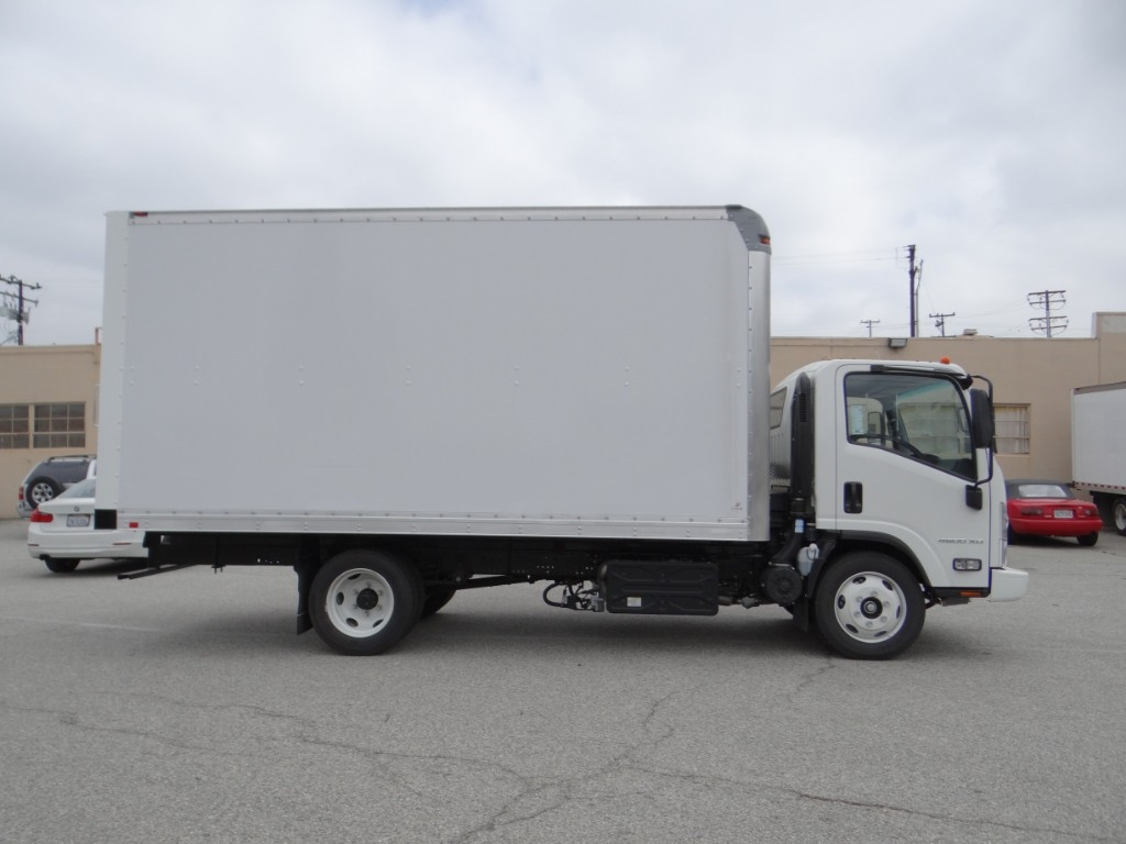 2018 LCF 4500XD Regular Cab 4x2,  Supreme Signature Van Dry Freight #C156807 - photo 3