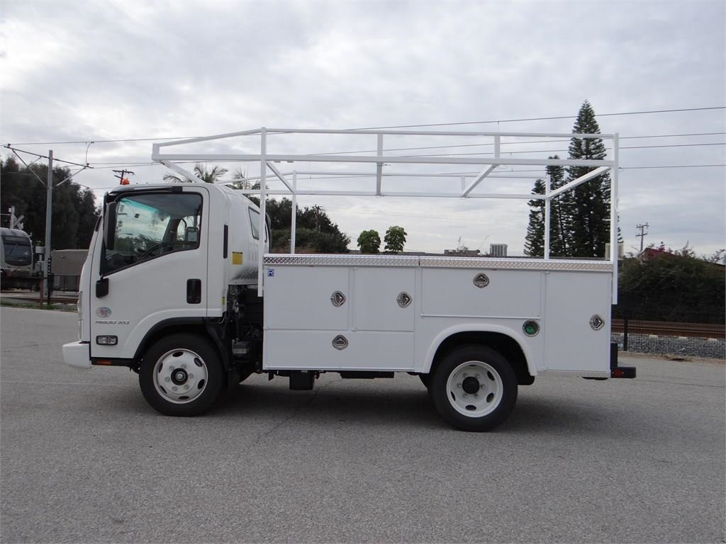 2018 LCF 4500XD Regular Cab 4x2,  Royal Service Body #C156820 - photo 6