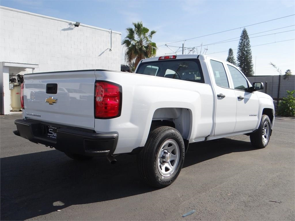 2018 Silverado 1500 Double Cab 4x2,  Pickup #C156930 - photo 2