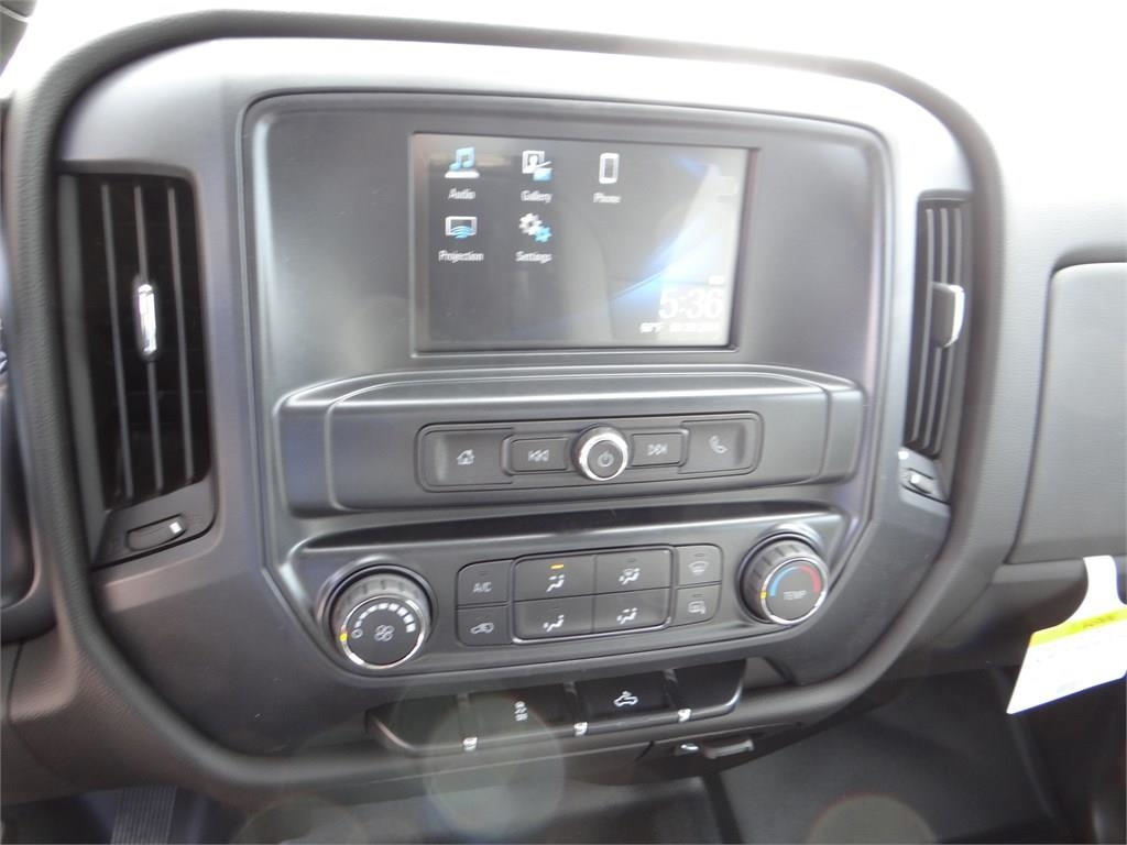 2018 Silverado 2500 Double Cab 4x2,  Pickup #C156951 - photo 10