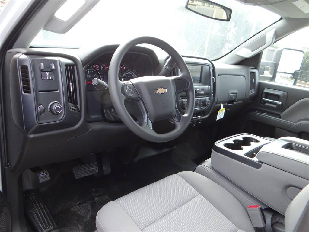 2018 Silverado 2500 Double Cab 4x2,  Pickup #C156951 - photo 8