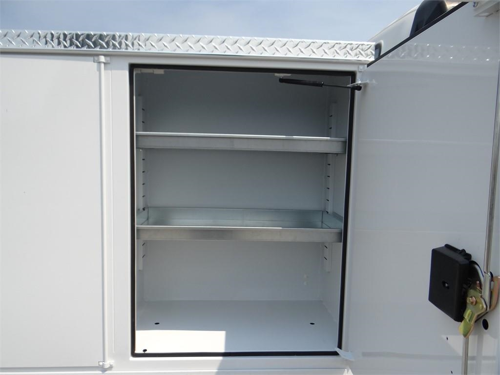 2018 LCF 5500XD Regular Cab,  Service Body #C157086 - photo 26
