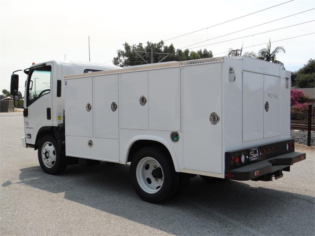 2018 LCF 5500XD Regular Cab,  Service Body #C157086 - photo 5