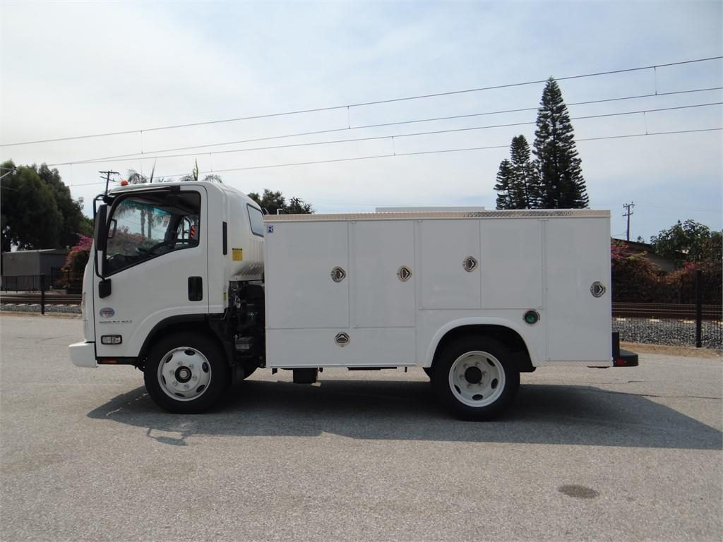 2018 LCF 5500XD Regular Cab,  Service Body #C157086 - photo 6