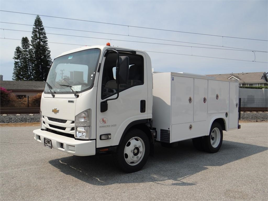 2018 LCF 5500XD Regular Cab,  Service Body #C157086 - photo 7
