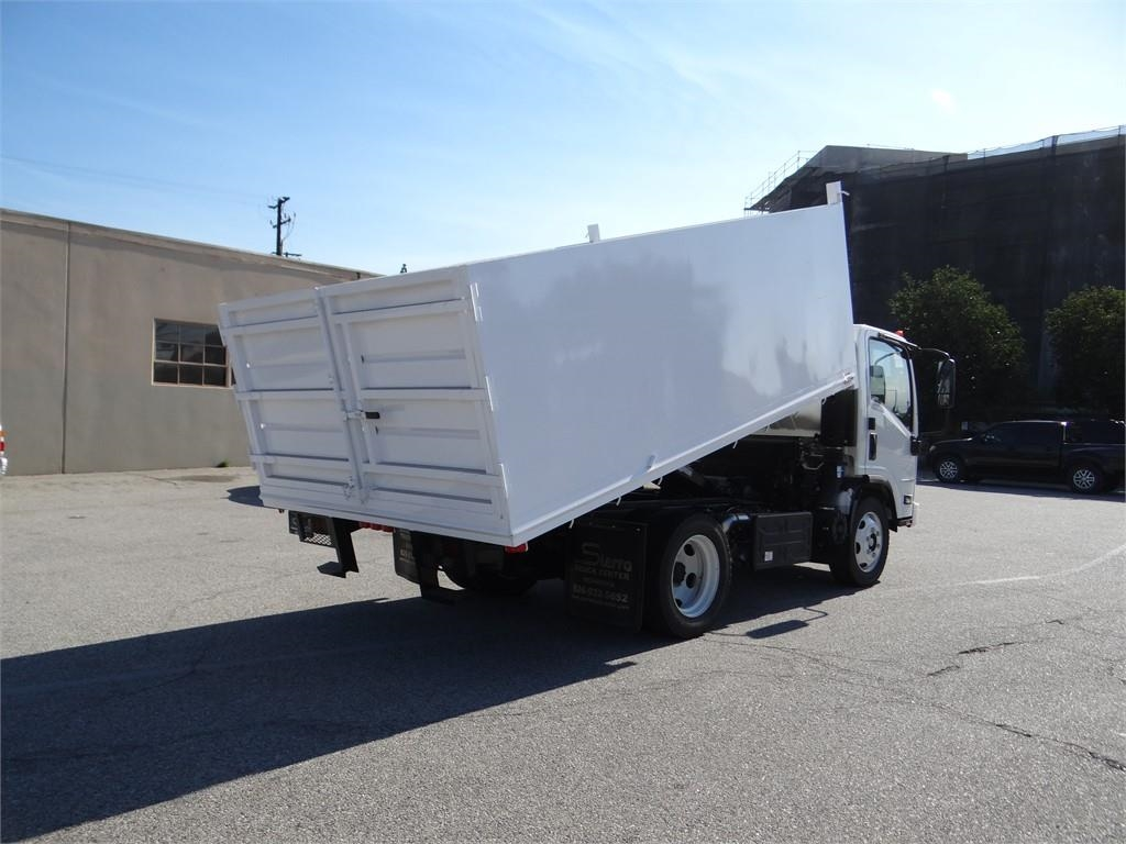 2018 LCF 5500XD Regular Cab 4x2,  Martin's Quality Truck Body Landscape Dump #C157093 - photo 2