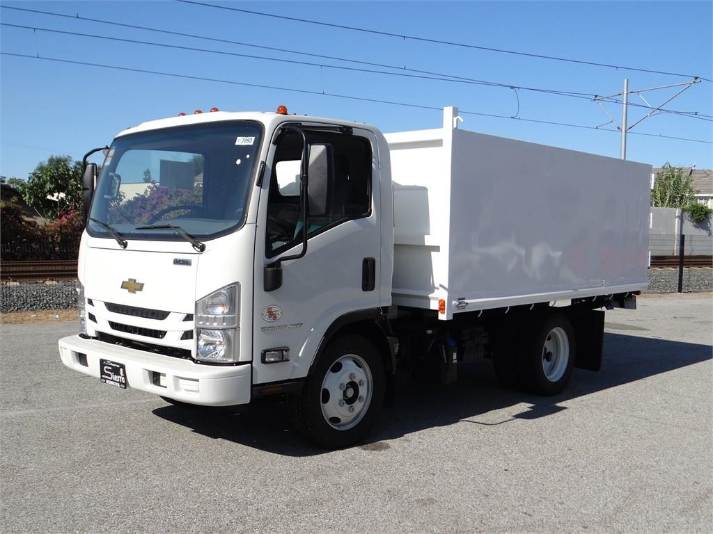 2018 LCF 5500XD Regular Cab 4x2,  Martin's Quality Truck Body Landscape Dump #C157093 - photo 7
