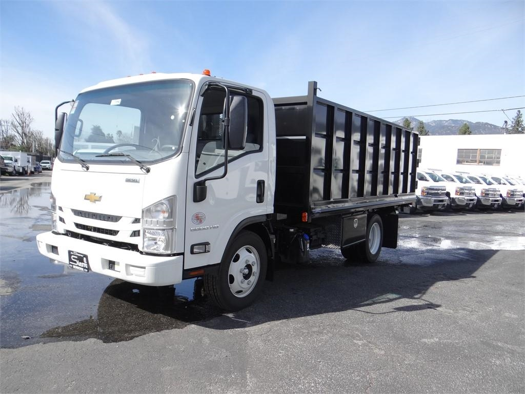2018 LCF 5500HD Regular Cab 4x2,  Martin's Quality Truck Body Landscape Dump #C157094 - photo 6