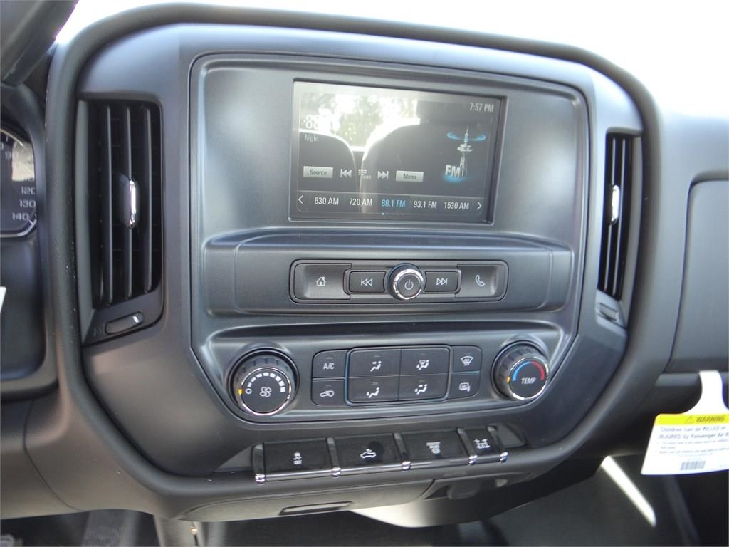 2018 Silverado 3500 Regular Cab 4x2,  Cab Chassis #C157350 - photo 10