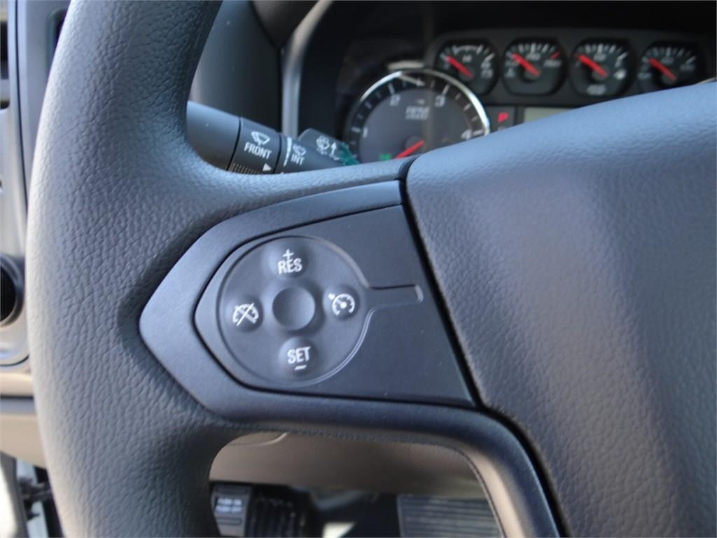 2018 Silverado 3500 Regular Cab 4x2,  Cab Chassis #C157350 - photo 12