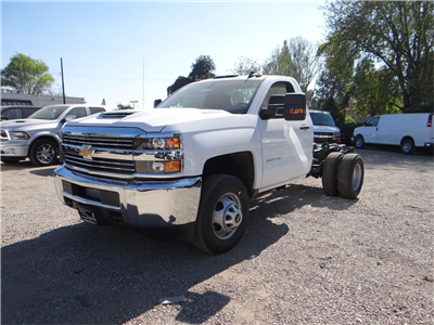 2018 Silverado 3500 Regular Cab 4x2,  Cab Chassis #C157350 - photo 7