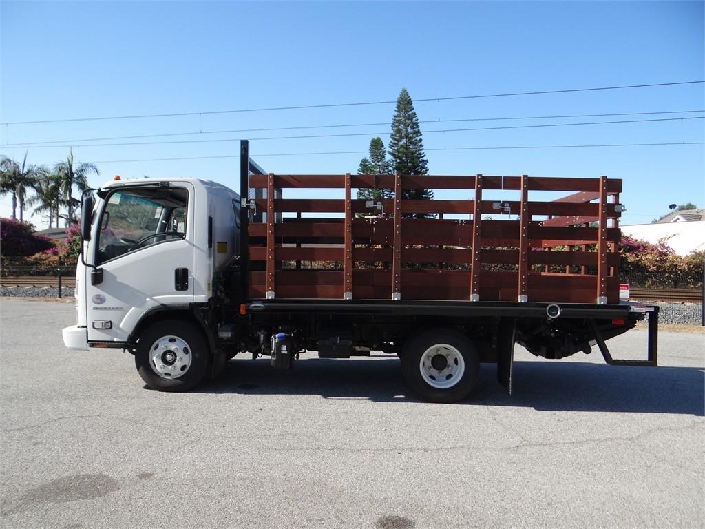 2018 LCF 4500HD Regular Cab,  Stake Bed #C157541 - photo 6