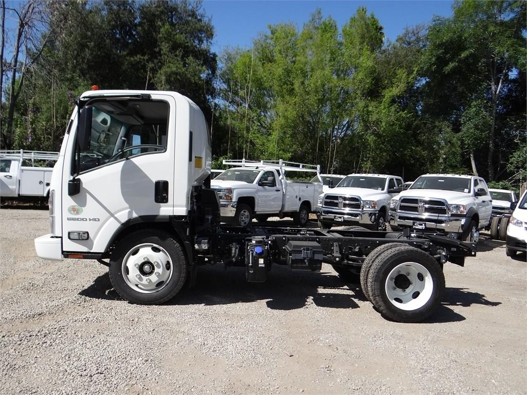 2018 LCF 5500HD Regular Cab,  Cab Chassis #C157590 - photo 6