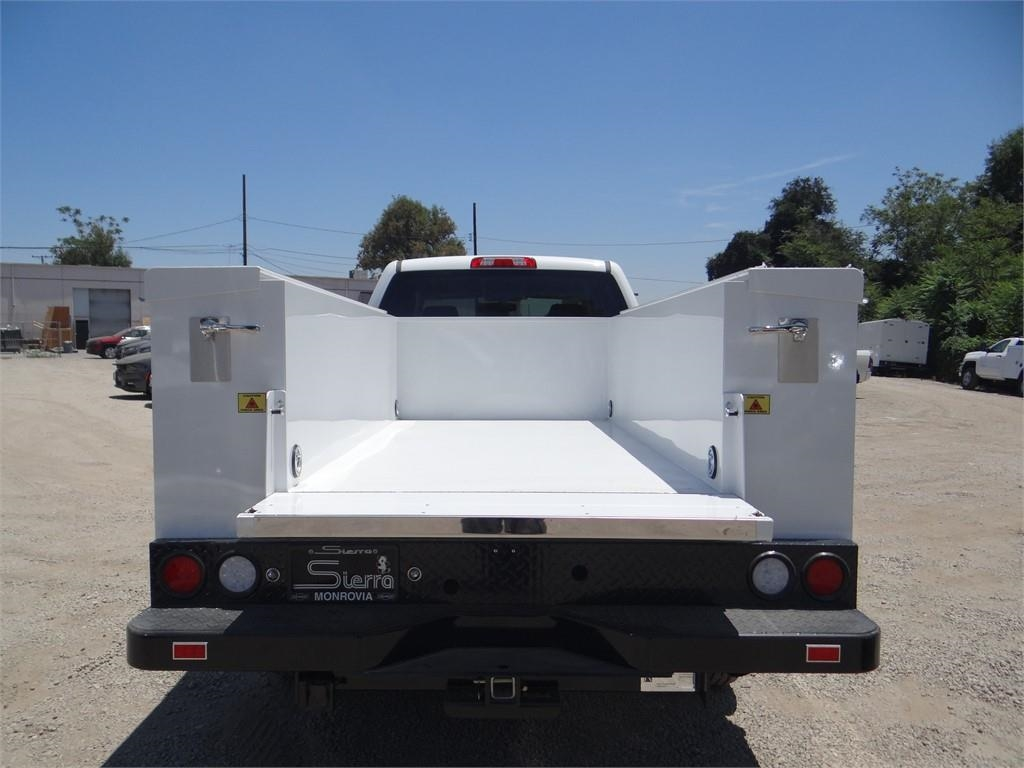 2018 Silverado 2500 Crew Cab 4x2,  Royal Service Body #C157629 - photo 21