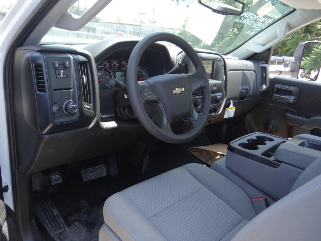 2018 Silverado 3500 Regular Cab 4x2,  Royal Service Body #C157663 - photo 9