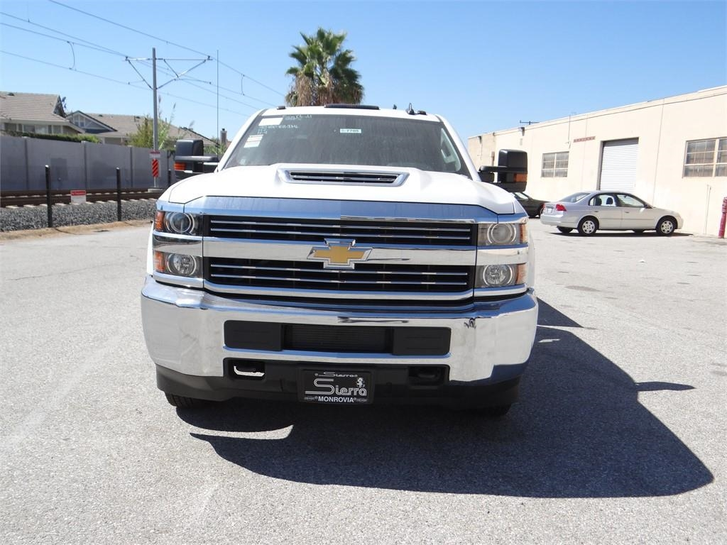 2018 Silverado 3500 Crew Cab 4x2,  Royal Service Body #C157705 - photo 8