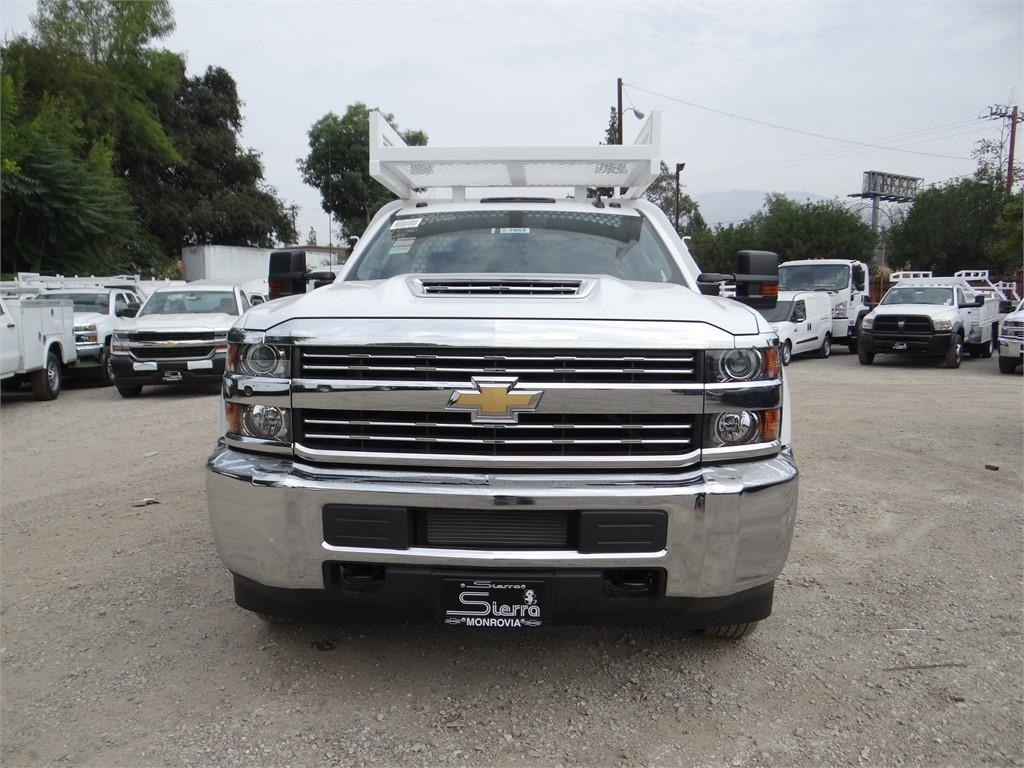 2018 Silverado 3500 Regular Cab 4x2,  Royal Contractor Body #C157853 - photo 8
