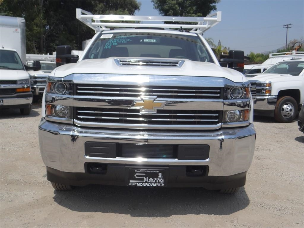 2018 Silverado 3500 Crew Cab 4x2,  Royal Service Body #C157915 - photo 8