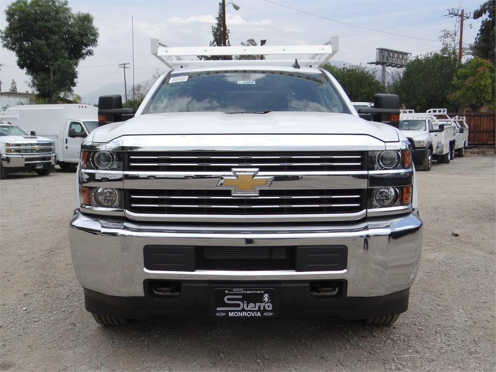 2018 Silverado 2500 Crew Cab 4x2,  Royal Service Body #C158023 - photo 8