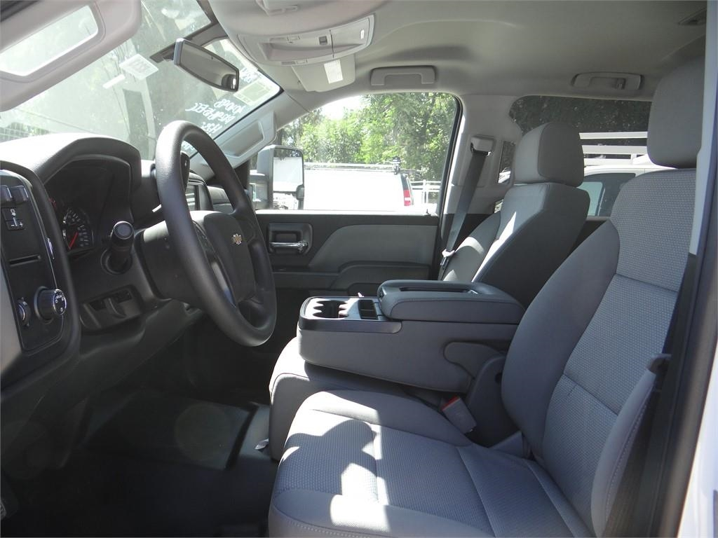 2019 Silverado 3500 Crew Cab 4x2,  Royal Service Body #C158233 - photo 16