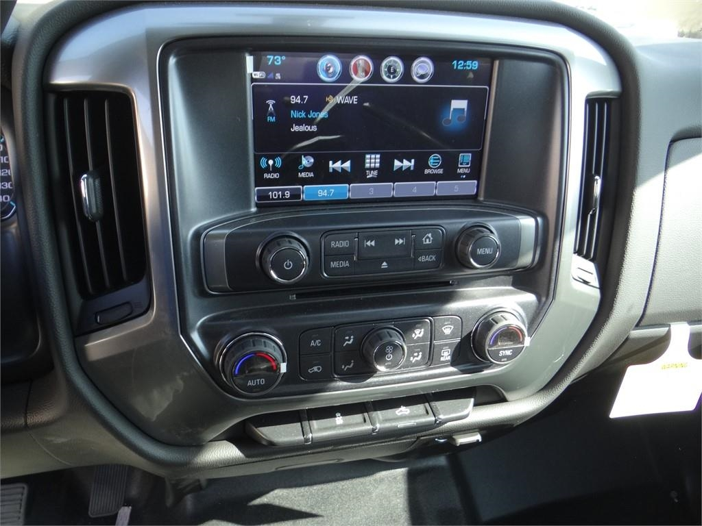 2019 Silverado 2500 Crew Cab 4x2,  Royal Service Body #C158277 - photo 10