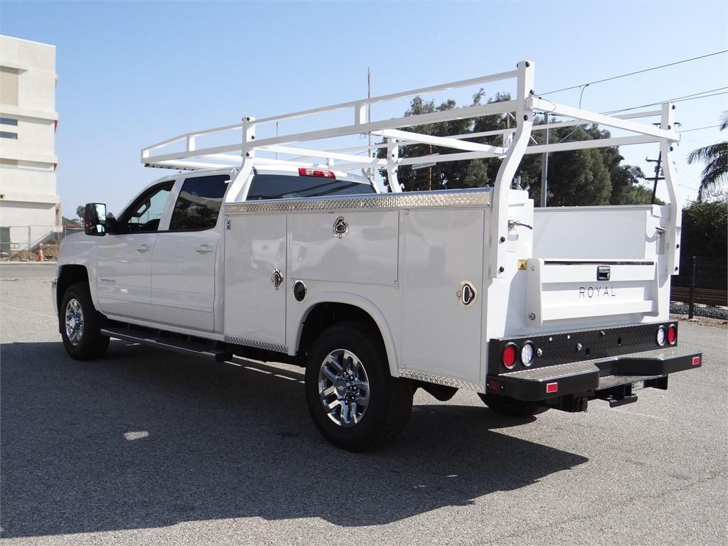 2019 Silverado 2500 Crew Cab 4x2,  Royal Service Body #C158277 - photo 5