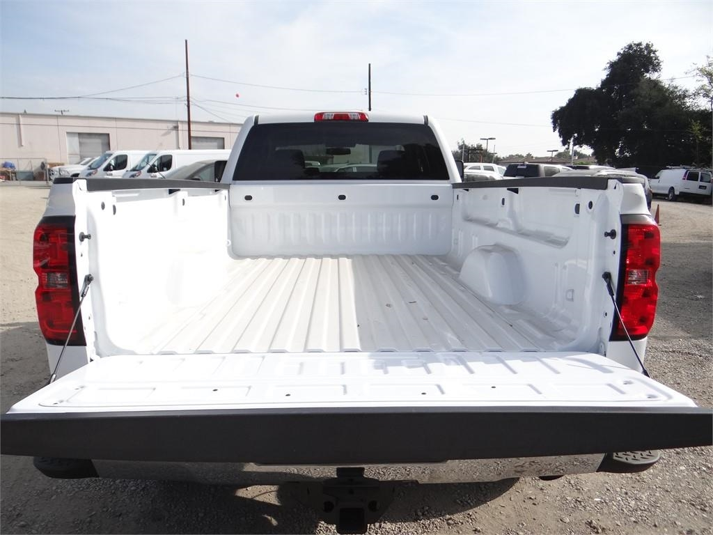 2019 Silverado 2500 Double Cab 4x2,  Pickup #C158397 - photo 18