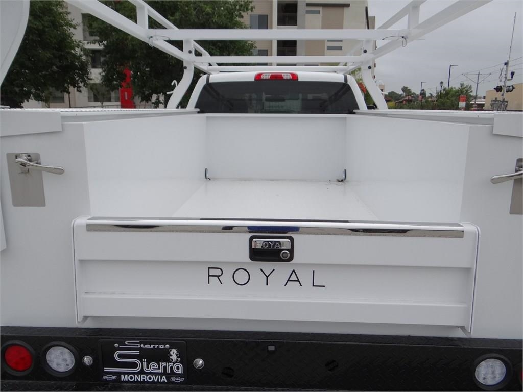 2019 Silverado 2500 Double Cab 4x2,  Royal Service Body #C158403 - photo 17
