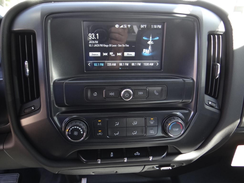 2019 Silverado 2500 Double Cab 4x2,  Royal Service Body #C158499 - photo 10