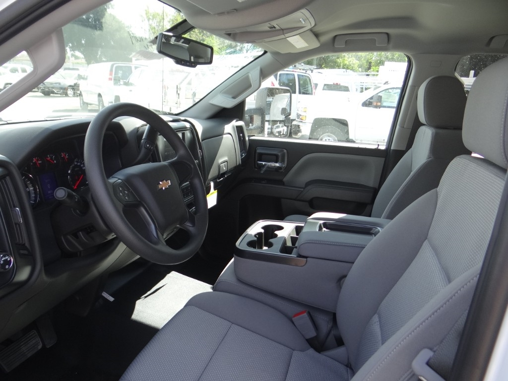 2019 Silverado 2500 Double Cab 4x2,  Royal Service Body #C158500 - photo 14