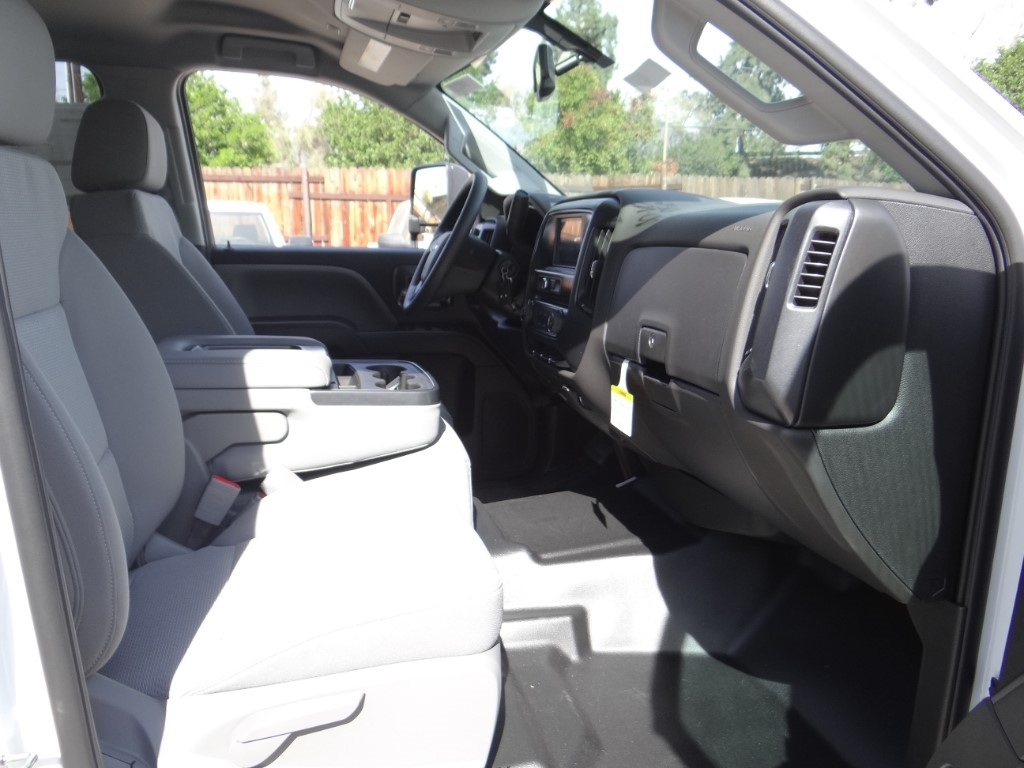 2019 Silverado 2500 Double Cab 4x2,  Royal Service Body #C158532 - photo 24