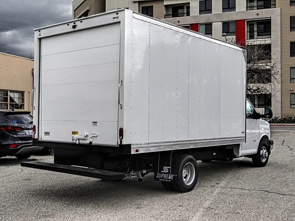 2019 Express 3500 4x2,  Supreme Cutaway Van #C158629 - photo 1