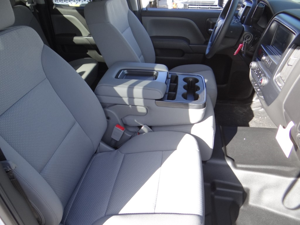 2019 Silverado 2500 Double Cab 4x2,  Royal Service Body #C158663 - photo 21