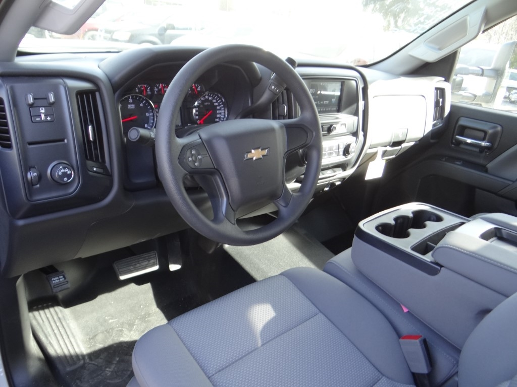 2019 Silverado 2500 Double Cab 4x2,  Royal Service Body #C158663 - photo 7