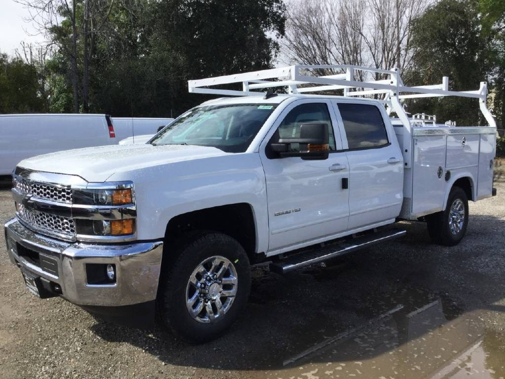 2019 Silverado 2500 Crew Cab 4x2,  Royal Service Body #C158755 - photo 3