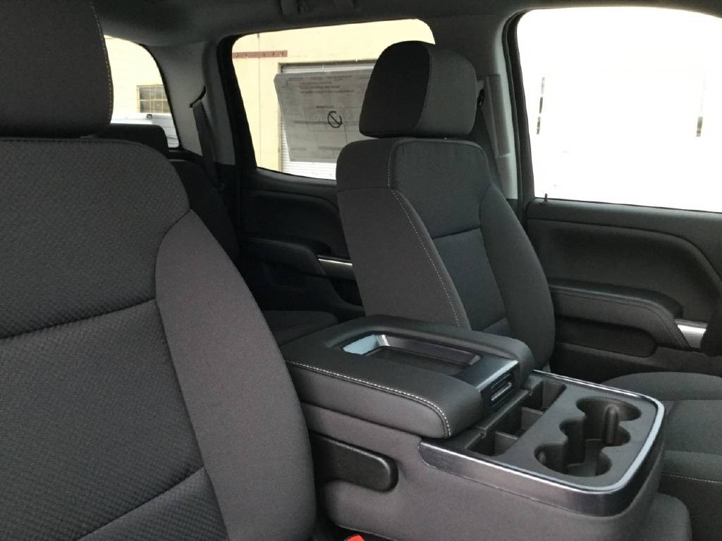 2019 Silverado 2500 Crew Cab 4x2,  Royal Service Body #C158755 - photo 7