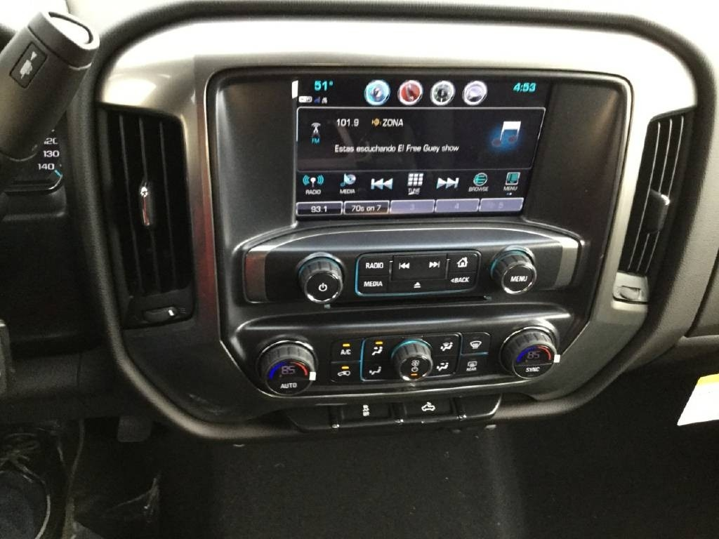 2019 Silverado 2500 Crew Cab 4x2,  Royal Service Body #C158755 - photo 17