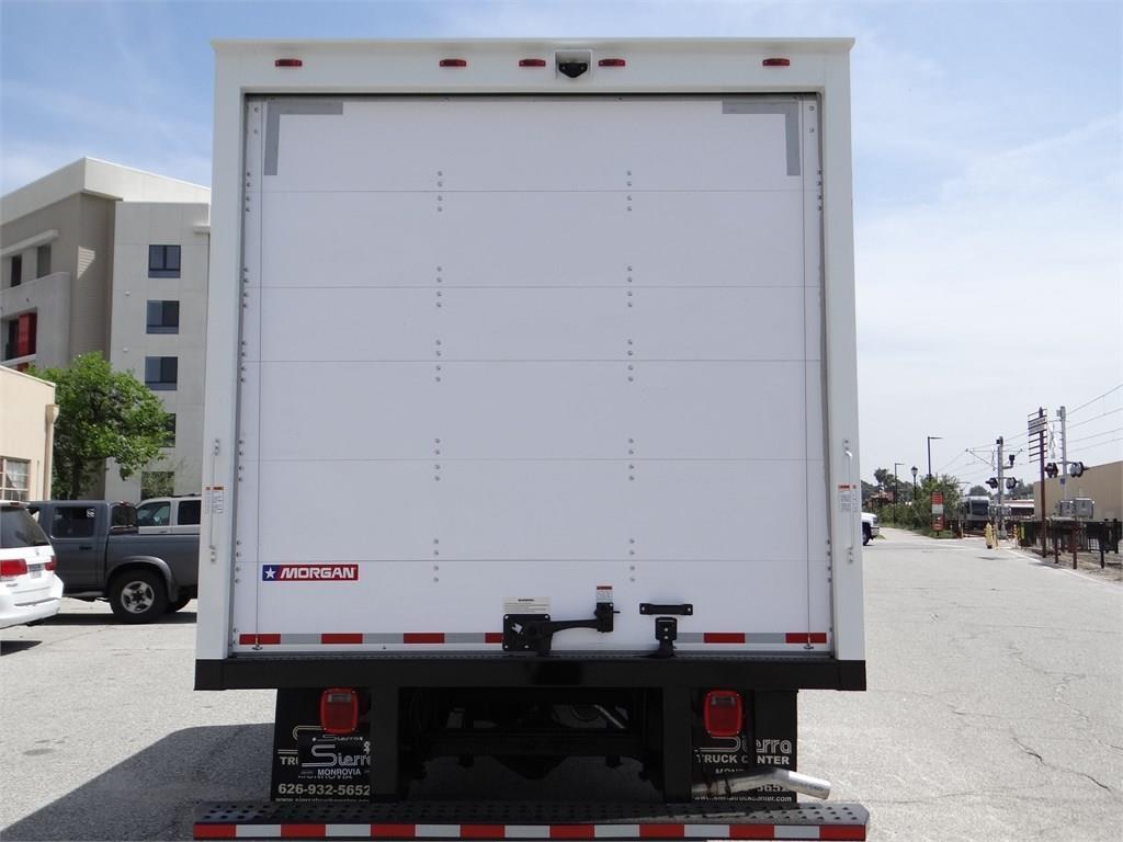 2019 Express 3500 4x2, Morgan Parcel Aluminum Cutaway Van #C158817 - photo 4