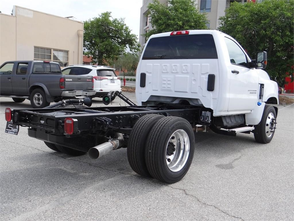 2019 Silverado Medium Duty 4x2,  Cab Chassis #C158918 - photo 1