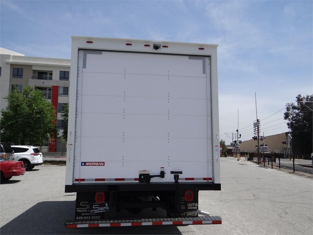 2019 Express 3500 4x2, Morgan Parcel Aluminum Cutaway Van #C158995 - photo 4