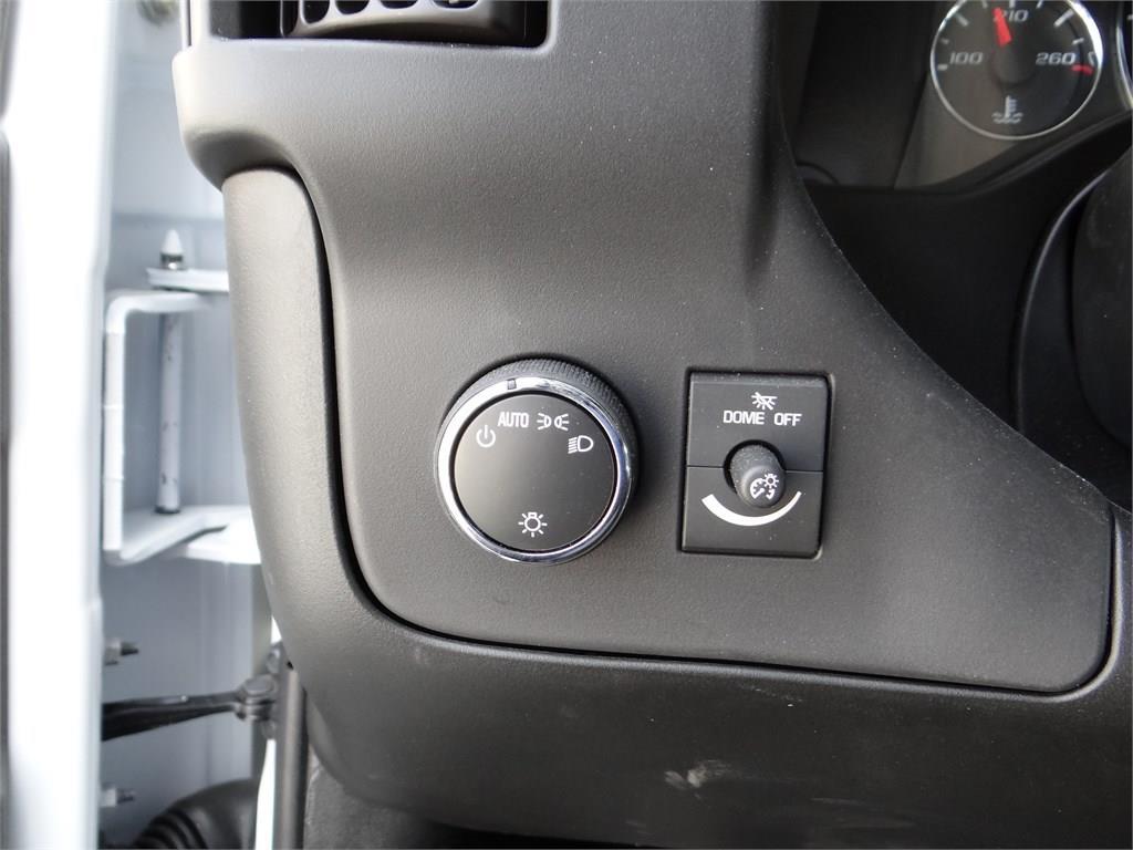 2019 Express 3500 4x2, Morgan Parcel Aluminum Cutaway Van #C158995 - photo 11