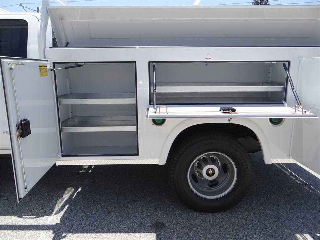 2019 Silverado 3500 Crew Cab 4x2,  Royal Service Body #C159085 - photo 15