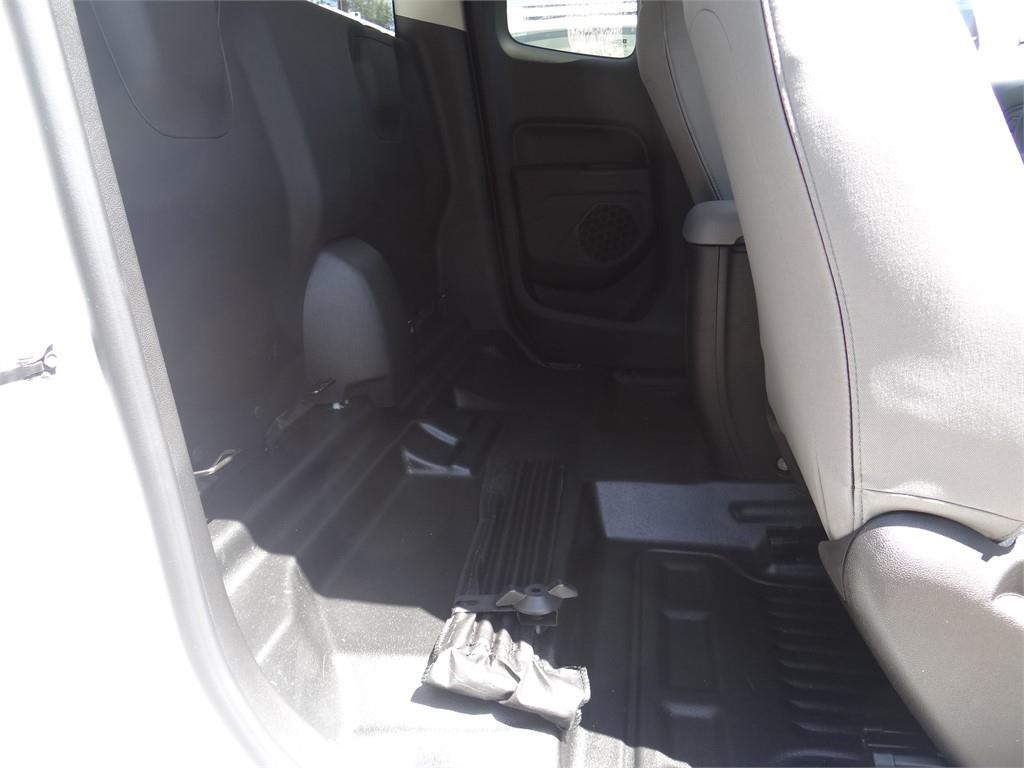 2019 Colorado Extended Cab 4x2,  Pickup #C159285 - photo 11