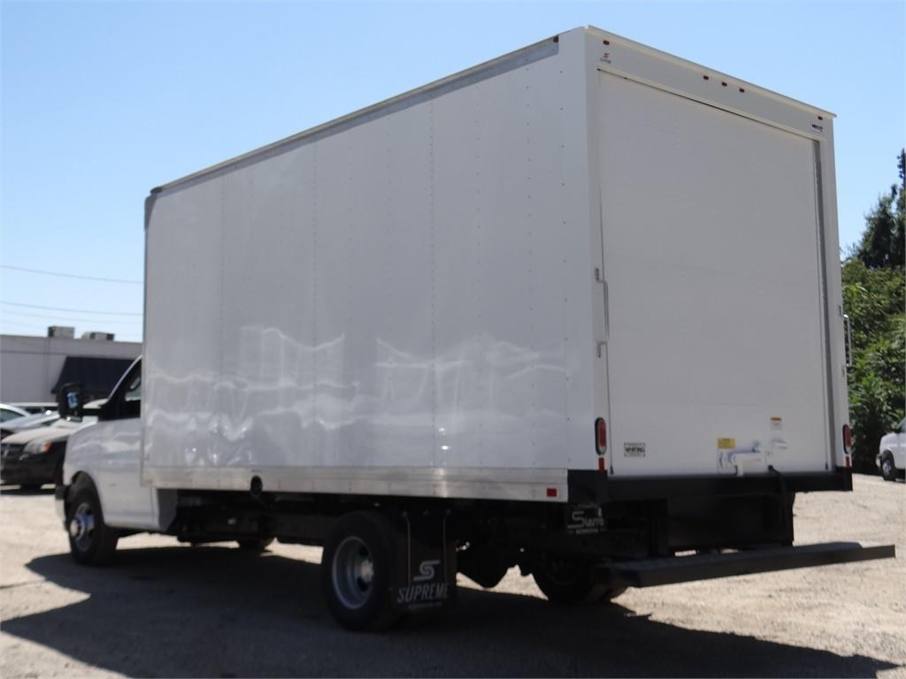 2019 Express 3500 4x2,  Supreme Cutaway Van #C159361 - photo 1