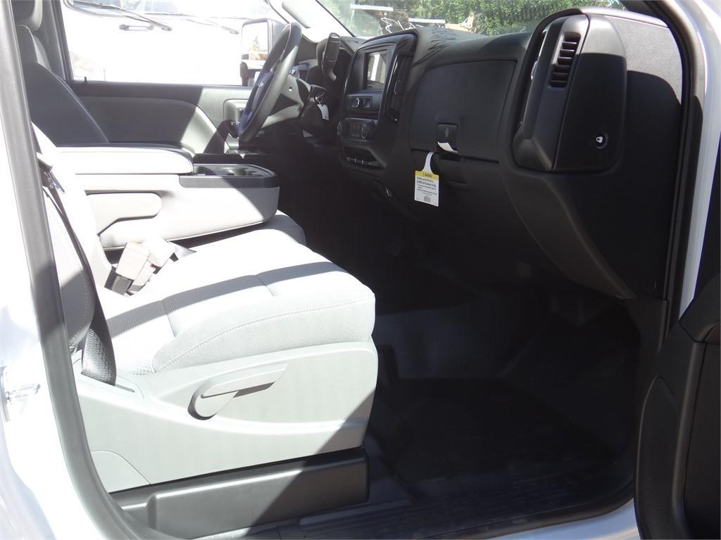 2019 Silverado 2500 Double Cab 4x2, Royal Service Body #C159542 - photo 10