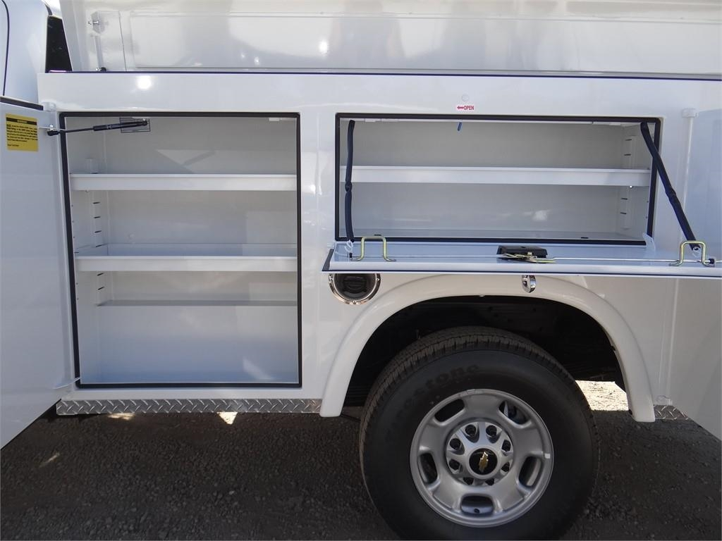 2019 Silverado 2500 Double Cab 4x2, Royal Service Body #C159542 - photo 18